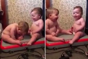[팝영상] 진동운동기 올라탄 아이들의 반응, 과연?