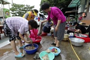 충북 도의원들, 최악의 '물난리'에 수해 복구 대신 해외연수 떠나