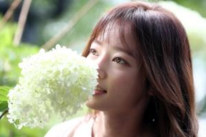 [포토] 송하윤, 꽃보다 아름다운 여신 미모