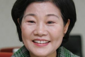 국회 공직자윤리위원장 '장하성 누나' 장하진 前장관
