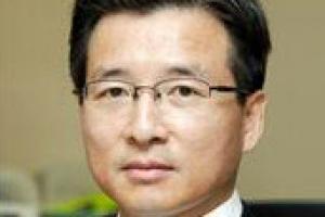 금융위 부위원장 '엘리트 경제관료' 김용범