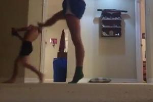 동생 잡는 어느 누나의 춤 연습