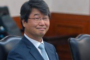 [서울포토] 신고리 5·6호기 공론화위원장에 선정된 김지형 전 대법관
