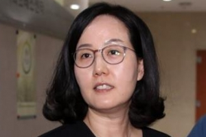 [단독]김현아 의원 명함에 한국당 마크 없는 까닭은?