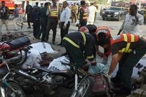 파키스탄서 자폭 테러…경찰 포함 26명 사망·58명 부상