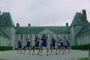 소녀들은 왜 악몽이 되었나…드림캐쳐 '날아올라' 뮤직비디오 티저