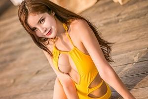 한규리, 비키니 화보 공개…운동으로 다져진 '탄력있는 볼륨 몸매'