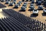 중국군 90주년 열병식서 신…