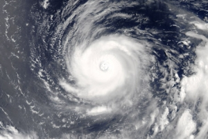태풍 노루, 대조기와 겹쳐 상륙하면 막대한 피해...5일 제도 영향권