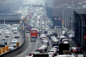 고속도로 통행료 50% 할인…18일부터 전기차·수소차 혜택