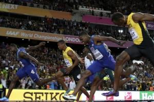 볼트 마지막 100m 동메달, 캐틀린과 콜먼에게 무릎