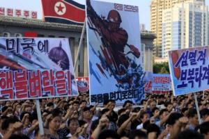 """[포토] """"미국에 핵불벼락을""""…北 '10만 군중대회'"""