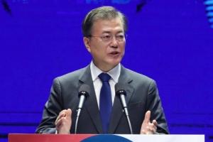 문재인 대통령 광복절 경축사 의미…북한 도발 경고, 미국 일방행동 견제