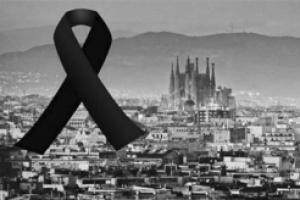 """메시·호날두, 바르셀로나 테러 추모…""""희생자 가족과 친구들에 위로"""""""