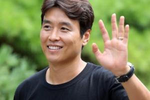 이동국 '할뚜이따' 대박이 티셔츠 입고 대표팀 복귀