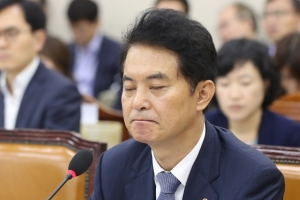 """류영진, 이어지는 말실수…""""직원들이 소홀한 부분이 있었다"""""""