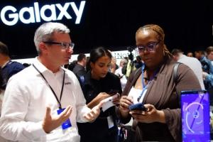 삼성전자 브랜드 가치 562억 달러, 세계 6위…1위는 애플