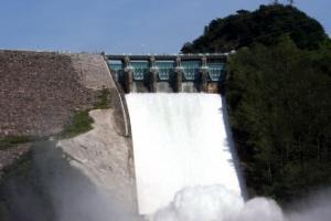 6년만에 수문 연 소양강댐…오후 2시부터 방류
