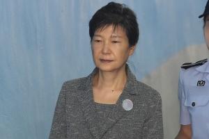 실형 가능성 커진 박근혜…한국당 '출당론' 탄력받나