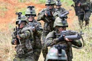 백령도 점령 훈련하는 북한 특수부대...특수부대 군복이 국군과 흡사