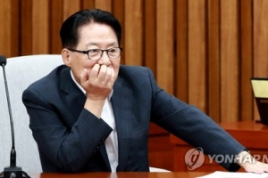 """박지원, 노영민 논란에 """"주재국 입장서 모국 바라볼 수도 있다"""""""