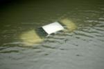 차량이 물속에… 허리케인…