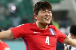 [월드컵 9회 연속 본선 진출] '흙수저' 센터백 김민재  2경기 만에 수비 핵으로