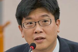 [In&Out] '헌법의 민주화'를 위한 개헌/김준우 민주화를 위한 변호사모임 사무차장