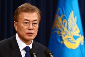 """청와대 """"전술핵 반입 검토한 적 없다"""""""