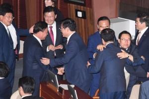 국민의당 과반이 반대표… 김명수 대법원장 인준도 불투명
