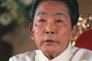 31년째… 독재의 그림자가 아른거린다