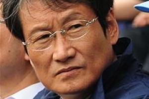 """문성근, 김여진과 합성 사진에 """"경악, 이 미친 것들"""""""