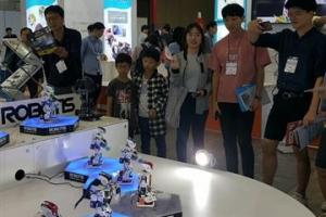 상상하는 것이 현실로… 교육·놀이용 '코딩로봇' 큰 인기