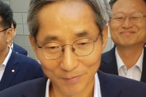 윤종규, KB금융 차기 회장 단독 후보로…사실상 연임 확정