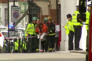 """런던 지하철 폭발 테러에 IS """"우리 소행"""" 주장"""