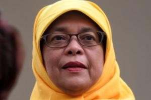 北 축전에 조롱거리 된 싱가포르 대통령