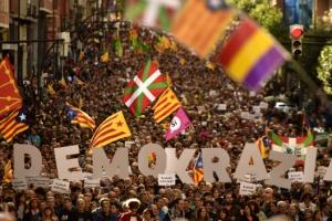 카탈루냐·쿠르드 분리독립투표 바람… 주변국엔 도화선