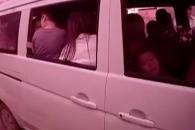 7인승에 31명 태운 중국 승합차 운전자
