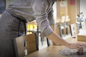 30분 지각에 벌금 1만원…청소년 알바에 폭언 일삼은 식당 주인
