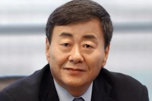"""김준기 동부그룹 회장 사임…""""회사에 짐이 되어서는 안 되겠다"""""""