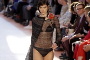 [포토] 선선한 가을에 선보인 비키니 패션