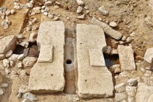 태자가 썼을까…1300년 전 신라 '수세식 화장실'