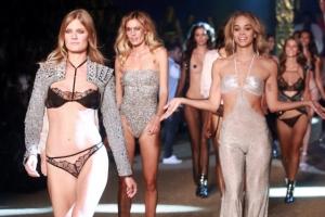 [포토] 란제리 패션쇼, 모델들의 화려한 워킹