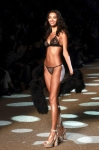 '모델의 탄력있는 몸매'…
