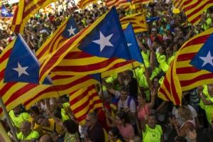 스페인 카탈루냐 독립 움직임에 속속 짐싸는 기업들