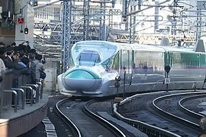 일본서 타인 전철 선로로 밀어 떨어뜨린 30대 남성 체포