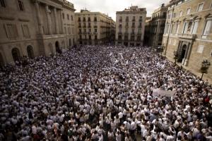 """스페인 """"독립 선언 여부 16일까지 밝혀라"""" 카탈루냐에 최후통첩"""