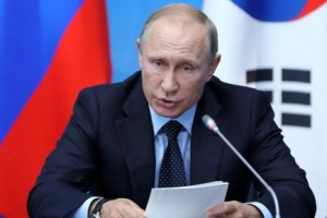 푸틴 65번째 생일선물은 '하야 시위'