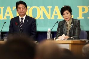 아베 vs 고이케 누가 웃을까?…日 총선 레이스 공식 스타트