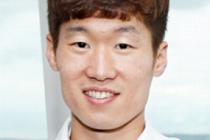평창올림픽 첫 한국인 성화 주자에 '캡틴 박'